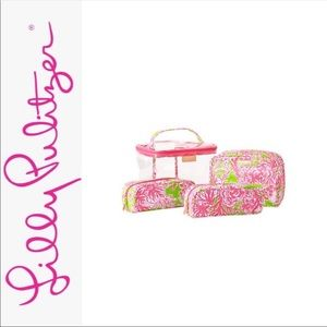 Lily pulitzer cosmetic bag set